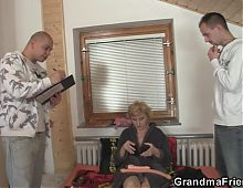 Two delivery men fuck slim mature woman